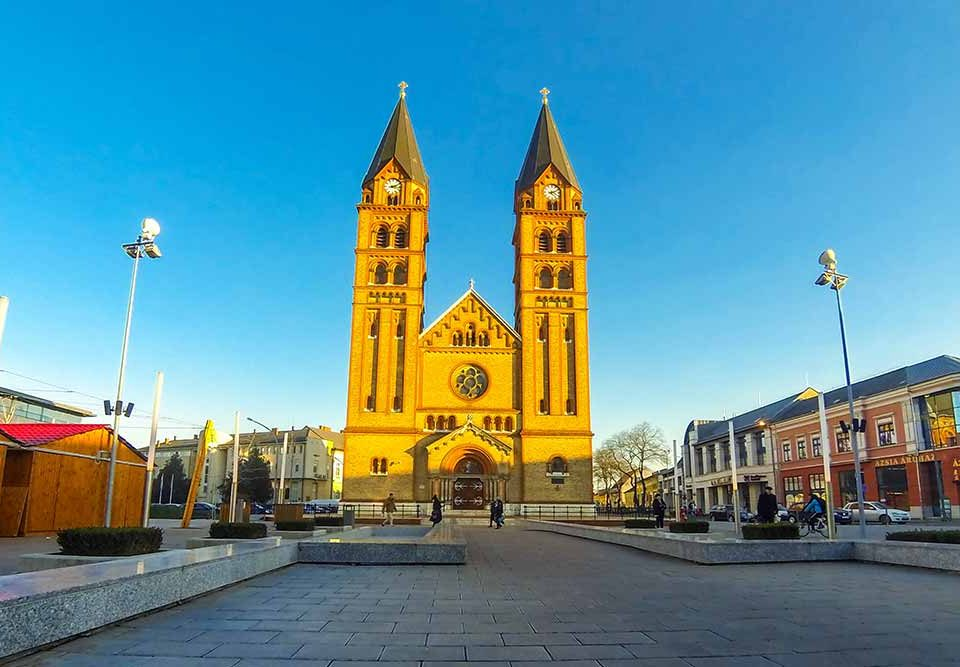 Hungary Main City Travels Mantra