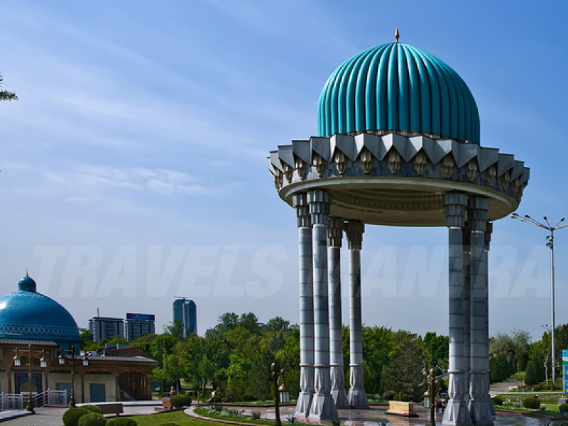The skillful carvings of the Tashkent craftsmen are the highlight of this memorial.