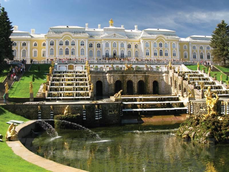 Peterhof-Palace.jpg_web