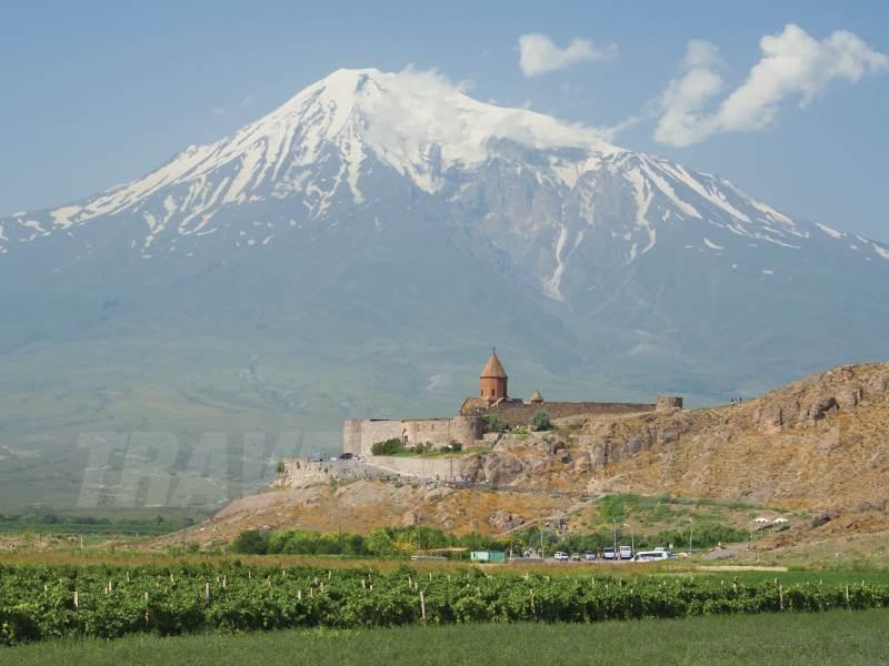 mount-ararat-armenia_web