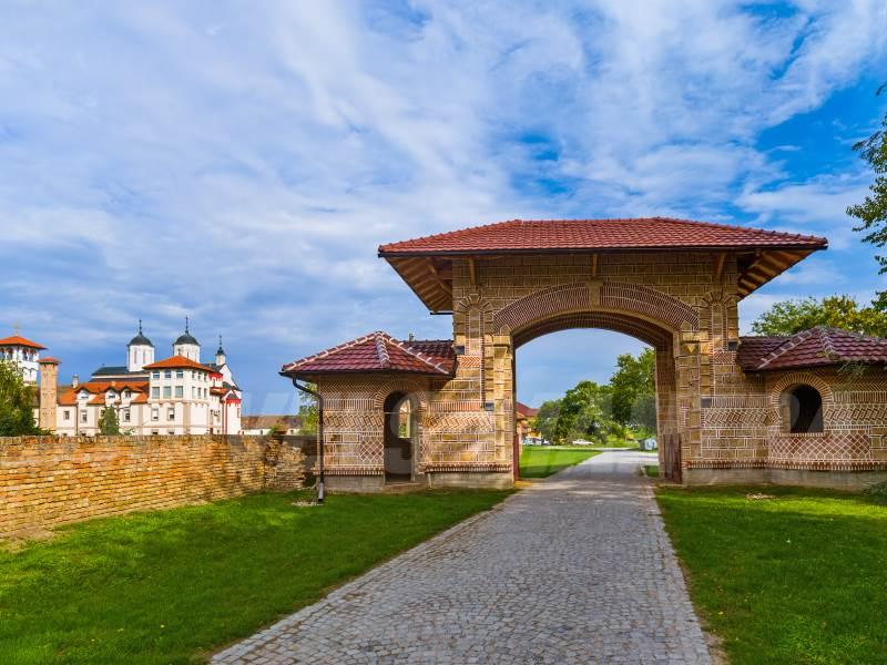 petrovaradin-fortress-serbia_web